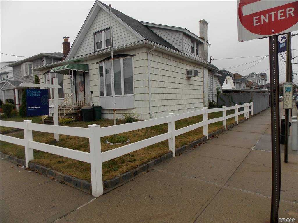 100-19 160th Avenue, Howard Beach, NY 11414 - MLS#: 3261372