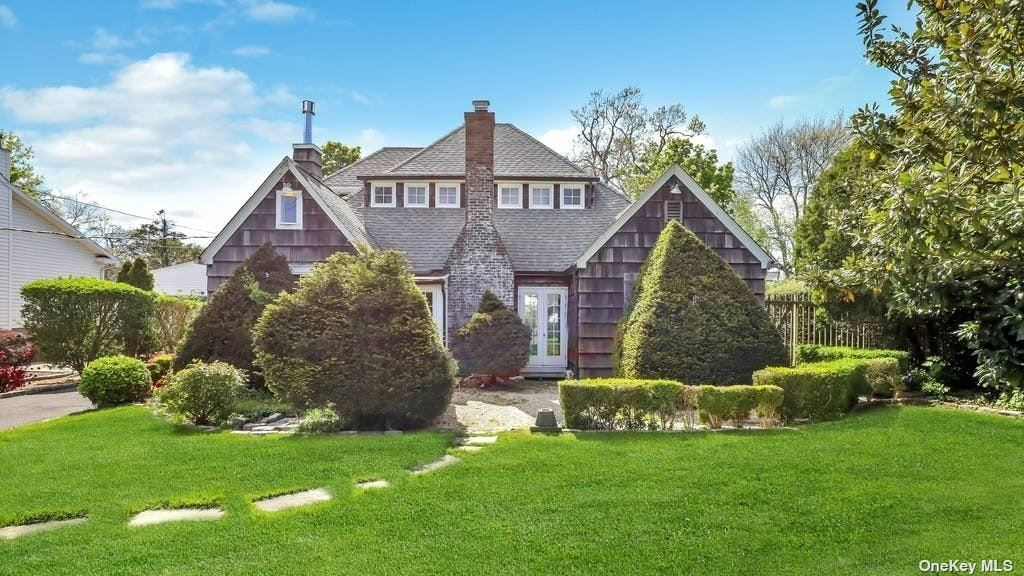 36 Deforest, West Islip, NY 11795 - MLS#: 3312374