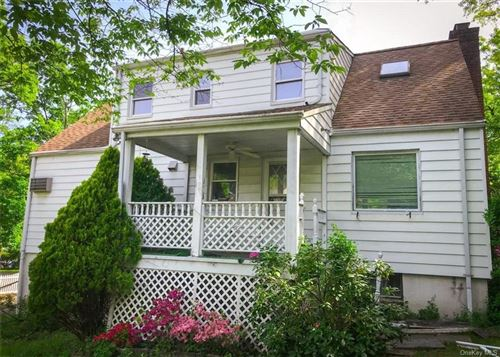 Photo of 21 Woodbrook Road, White Plains, NY 10605 (MLS # H6078375)