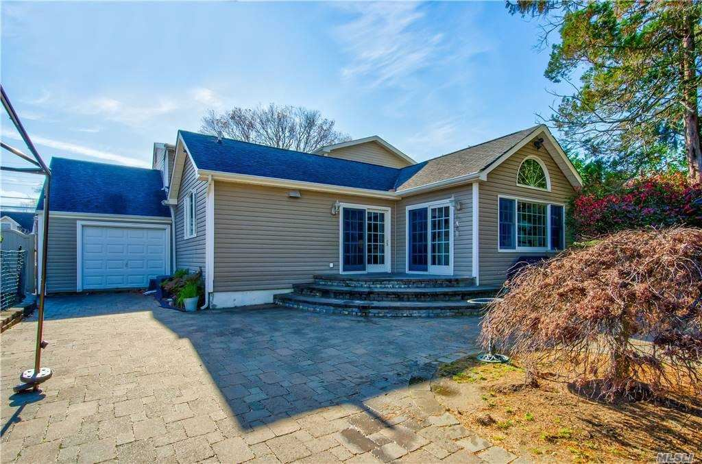Photo of 3549 Lufberry Avenue, Wantagh, NY 11793 (MLS # 3271375)