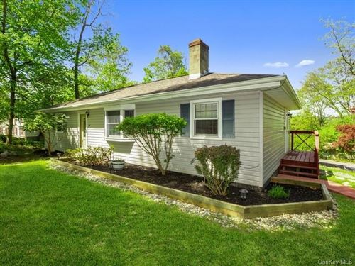 Photo of 39 West Avenue, Putnam Valley, NY 10579 (MLS # H6040376)