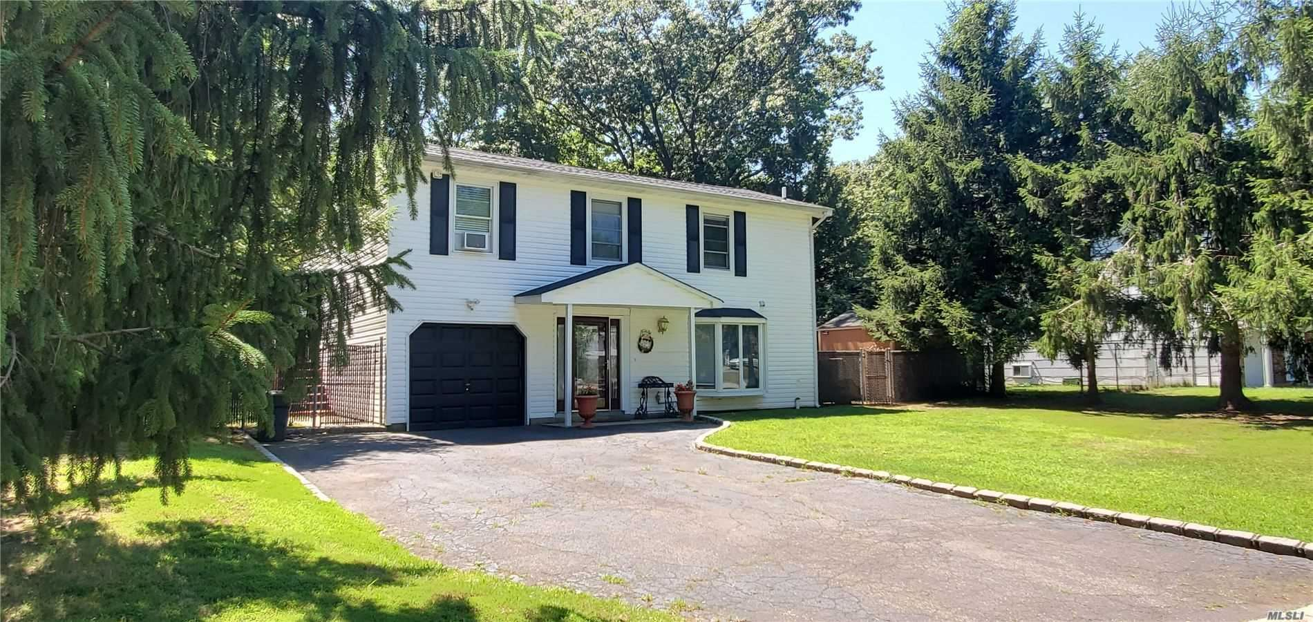 10 River Road, Middle Island, NY 11953 - MLS#: 3234376
