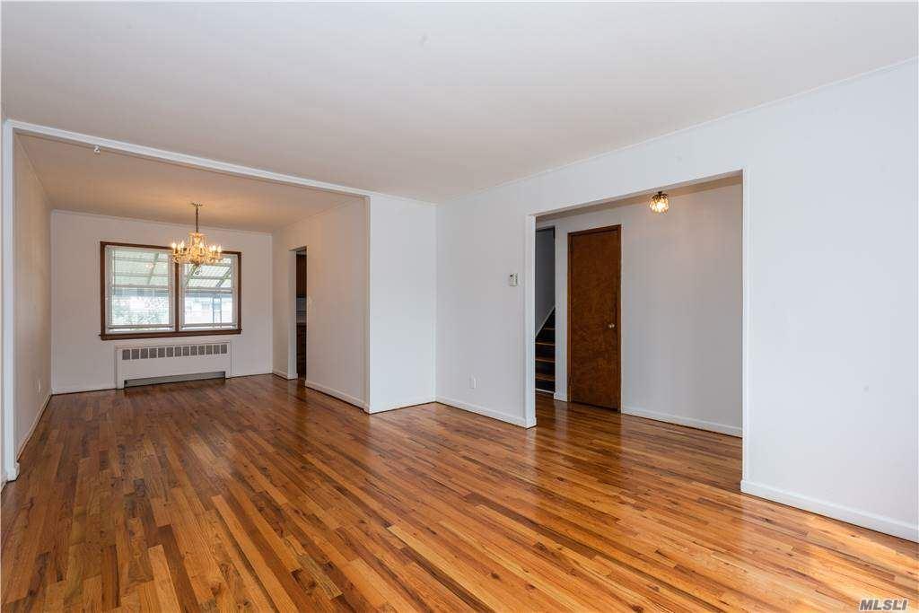 Photo of 3661 Howard Lane, Wantagh, NY 11793 (MLS # 3254376)