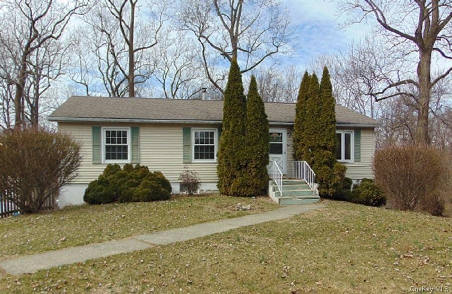 Photo of 10 Colleen Lane, Wallkill, NY 12589 (MLS # H6026376)