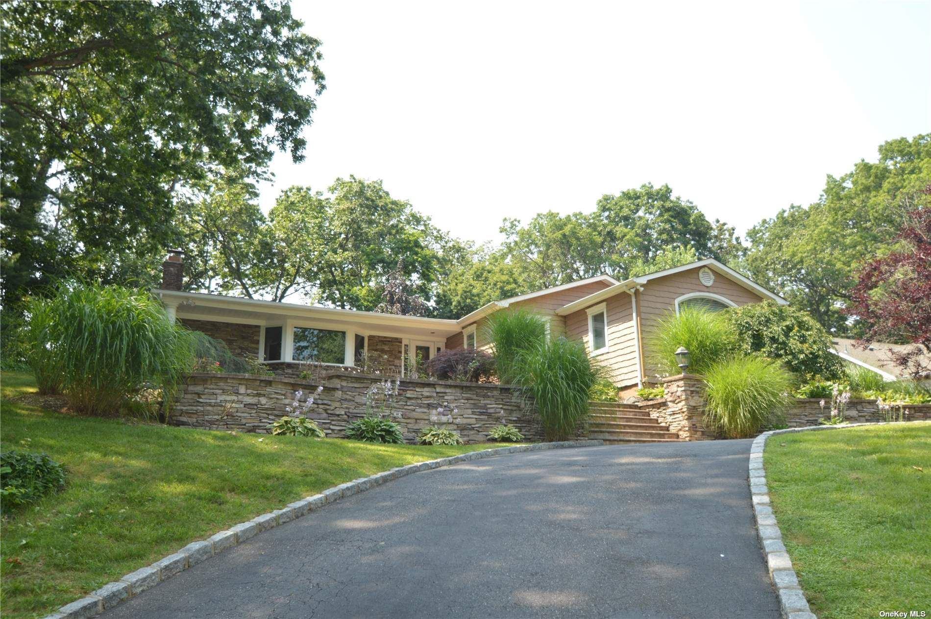 55 Randolph Drive, Dix Hills, NY 11746 - MLS#: 3334377