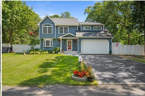 Photo of 15 Forest Road, Centereach, NY 11720 (MLS # 3343378)