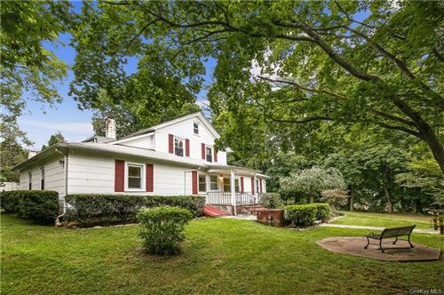 Photo of 4 Old Stone House Road, Putnam Valley, NY 10579 (MLS # H6062378)