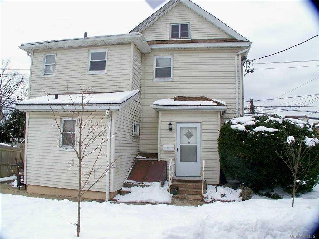 220 Hempstead Avenue #2nd Fl, Lynbrook, NY 11563 - MLS#: 3284378
