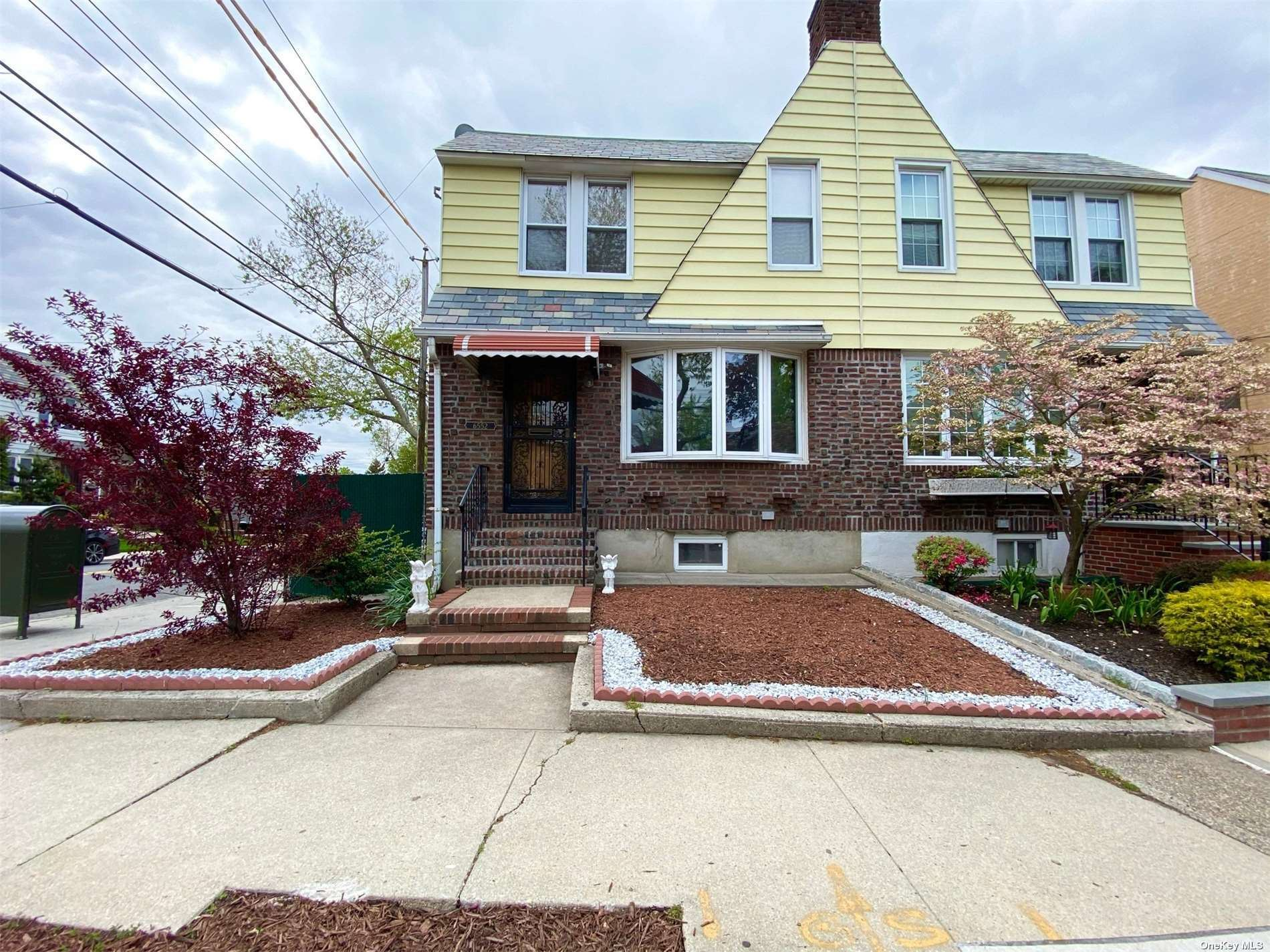 65-52 77th Street, Middle Village, NY 11379 - MLS#: 3311378