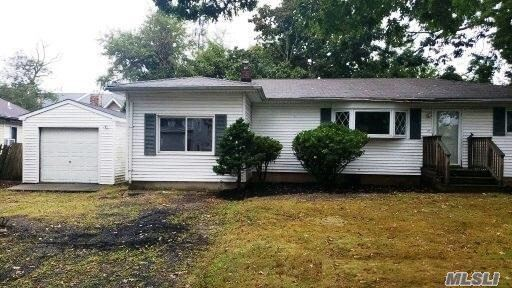 27 W 6th Street, Patchogue, NY 11772 - MLS#: 3284381