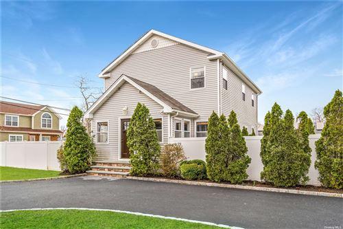 Photo of 1196 Coates Avenue, Holbrook, NY 11741 (MLS # 3303384)