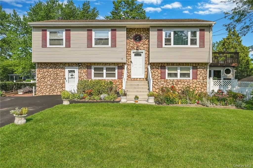 12 Mohican Road, Newburgh, NY 12550 - MLS#: H6133385