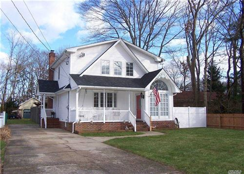Photo of 209 Richmond Avenue, Medford, NY 11763 (MLS # 3280389)