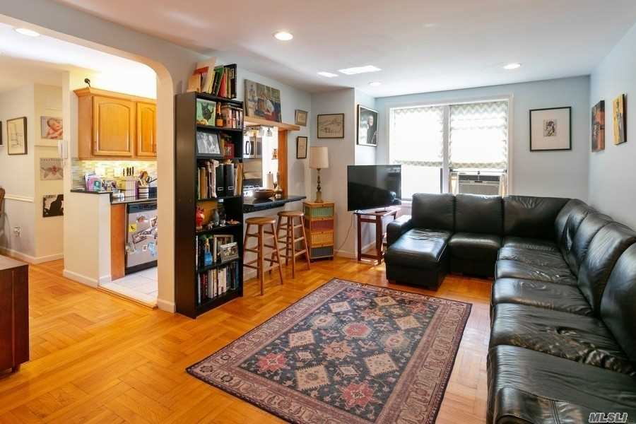 72-11 110 Street, Forest Hills, NY 11375 - MLS#: 3259389