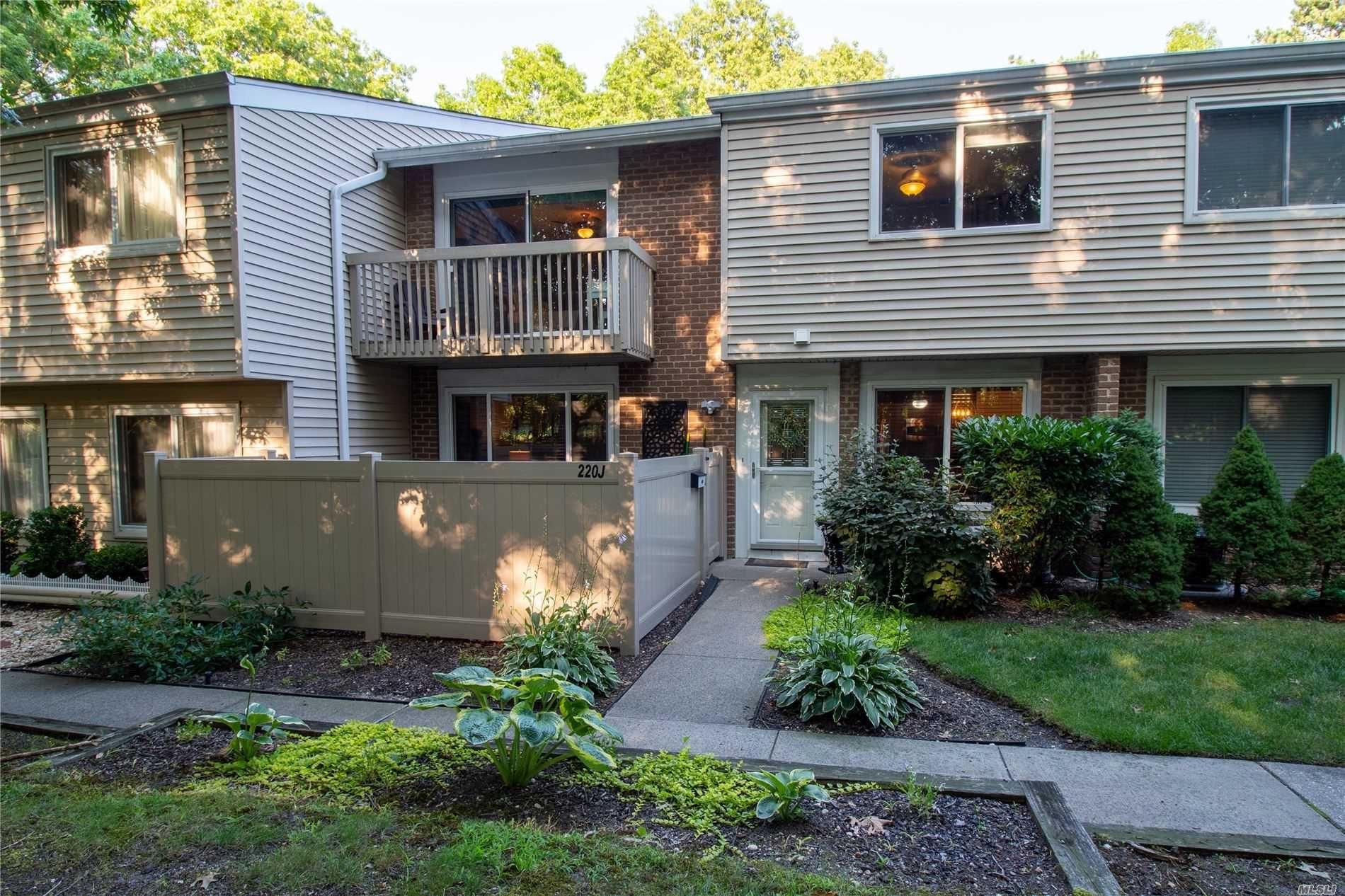 220 Springmeadow Drive #J, Holbrook, NY 11741 - MLS#: 3235390