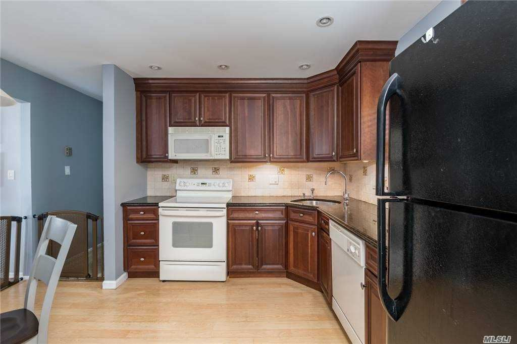 Photo of 2081 Abbot Avenue, Merrick, NY 11566 (MLS # 3253390)