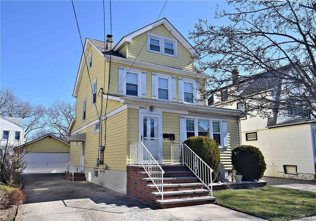 18 Everett Street, Lynbrook, NY 11563 - MLS#: 3293392