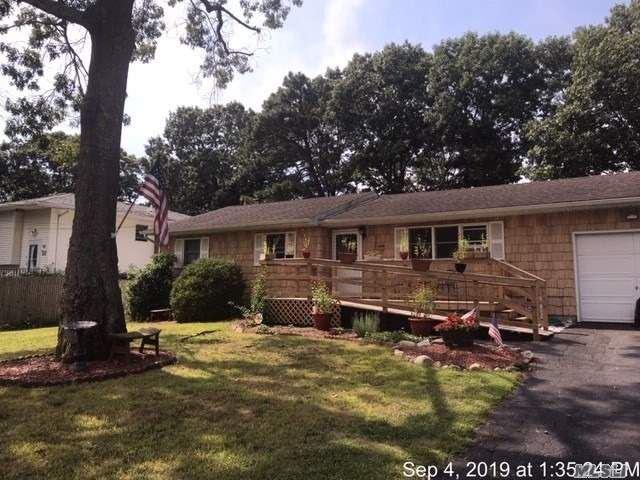 24 Maplewood Drive, Shirley, NY 11967 - MLS#: 3161395