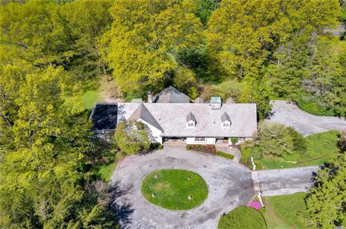Photo of 202 Cleft Rd, Mill Neck, NY 11765 (MLS # 3126398)