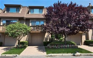 Photo of 32 Clubside Dr, Woodmere, NY 11598 (MLS # 3156399)