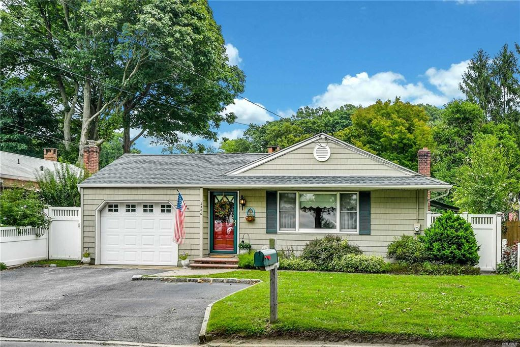 2306 New York Avenue, Huntington Station, NY 11746 - MLS#: 3165399