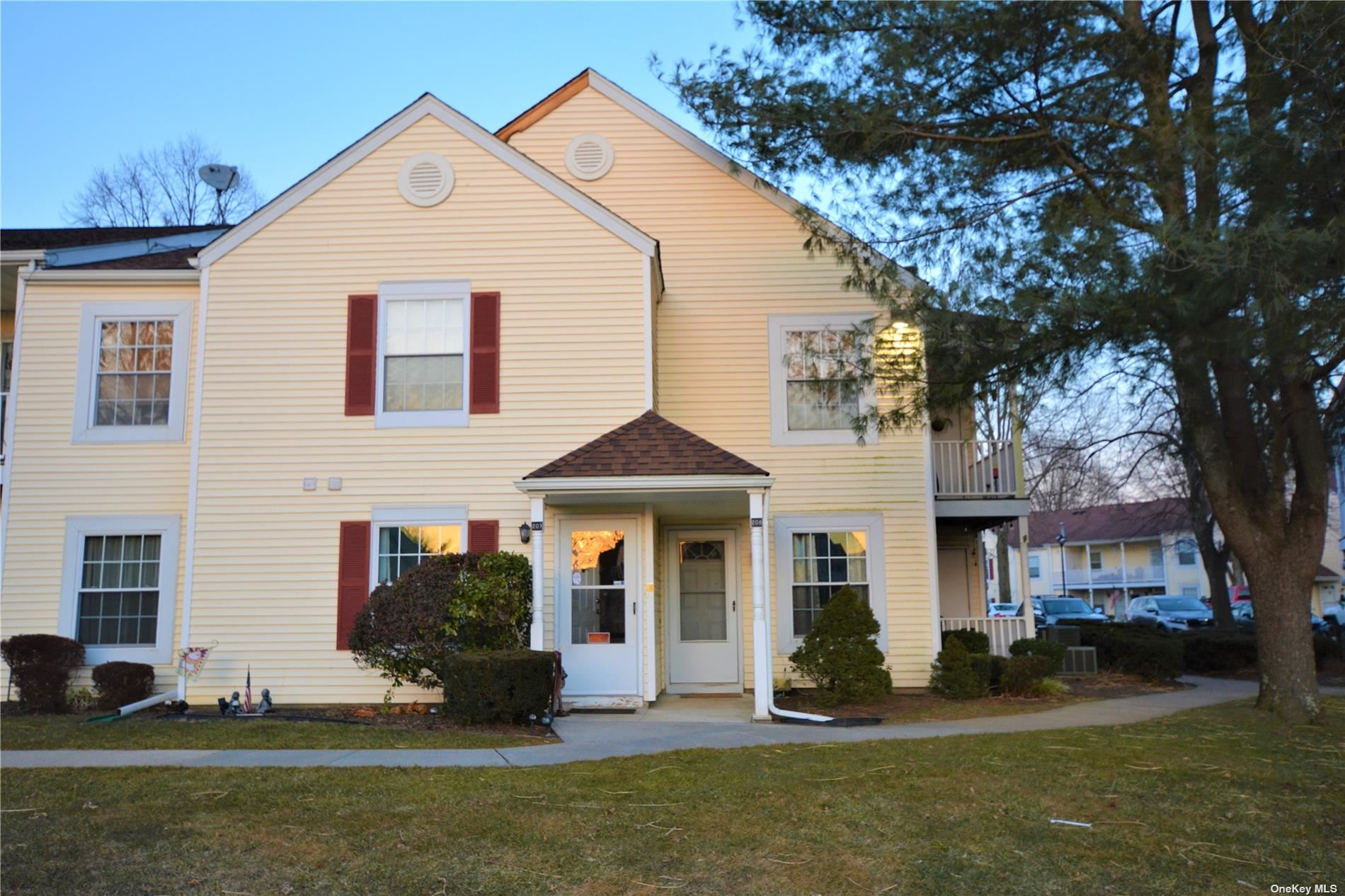 207 Fairview Circle, Middle Island, NY 11953 - MLS#: 3294399