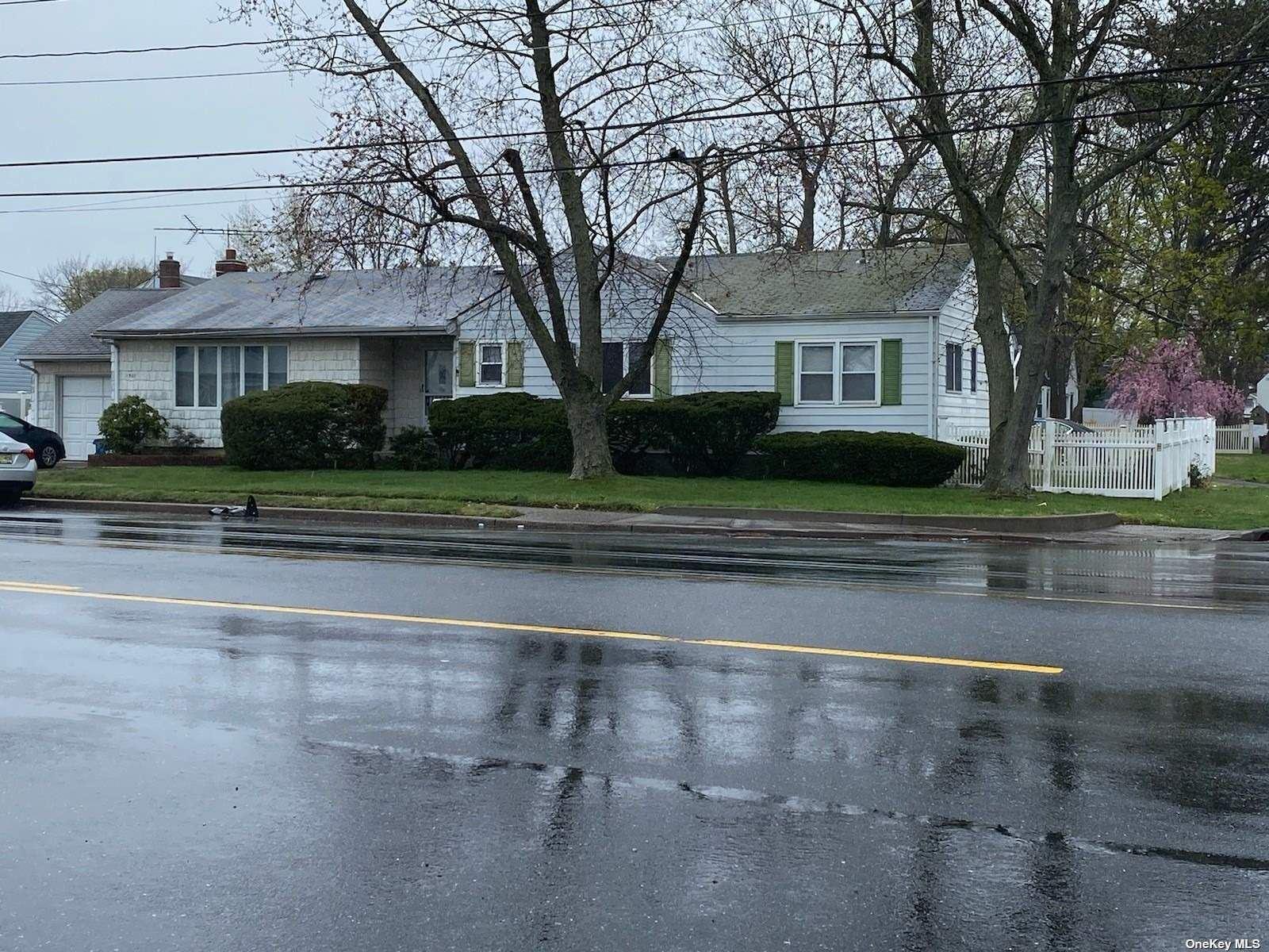 1501 Straight Path, Lindenhurst, NY 11757 - MLS#: 3308399