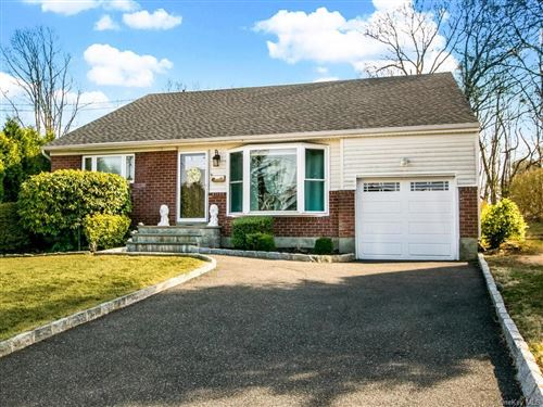 Photo of 42 Westwind Road, Yonkers, NY 10710 (MLS # H6041400)