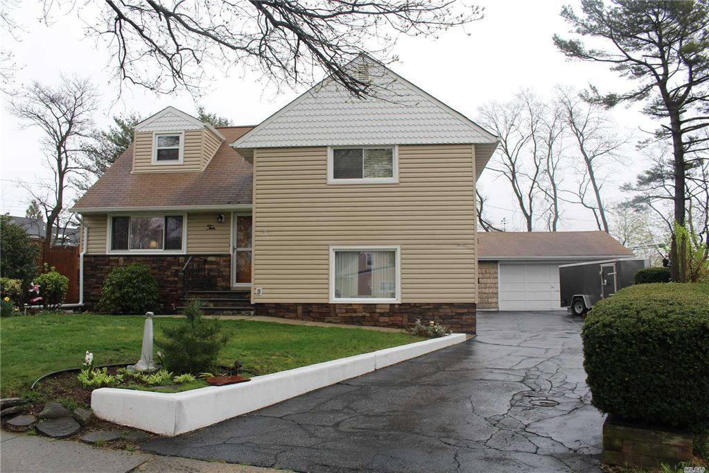 10 Dale Court, Hicksville, NY 11801 - MLS#: 3122400