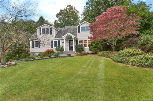 Photo of 64 Park Avenue, Bedford Hills, NY 10507 (MLS # H6089401)