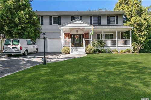 Photo of 29 Cedar Pl, Kings Park, NY 11754 (MLS # 3251403)