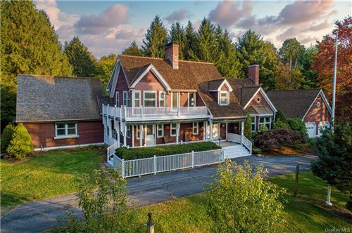 Photo of 5 Berry Lane, Pawling, NY 12564 (MLS # H6076404)