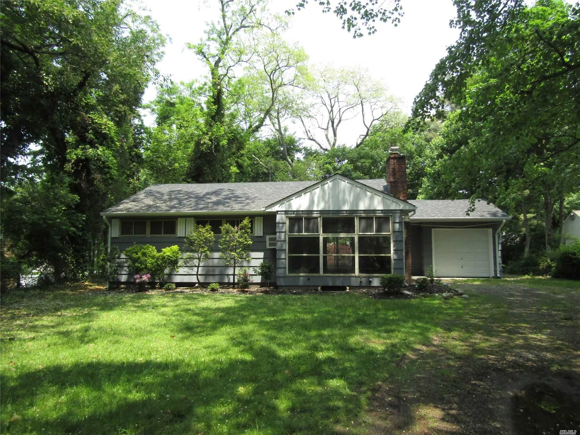 55 Cedar Dr, Huntington, NY 11743 - MLS#: 3230404