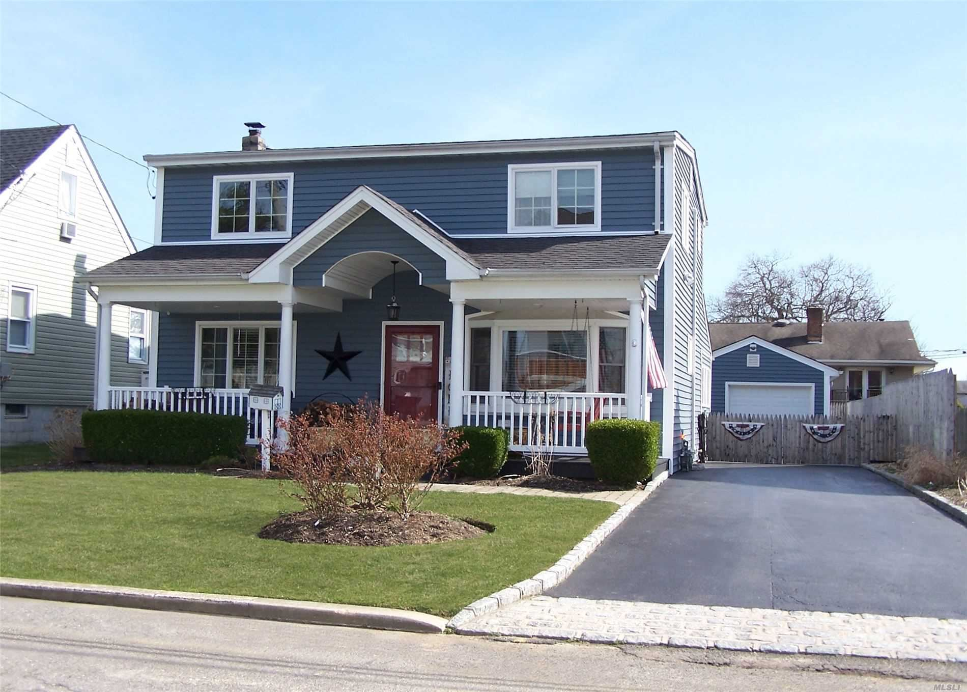 99 Willow Lane, Lindenhurst, NY 11757 - MLS#: 3209406