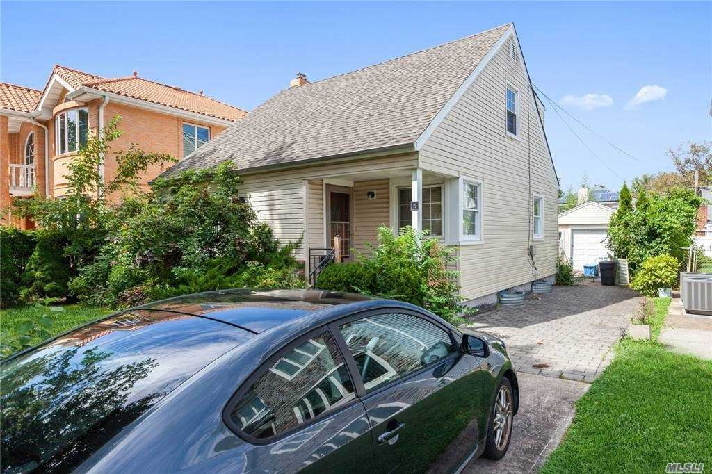 246-19 Cambria Ave, Flushing, NY 11362 - MLS#: 3269408