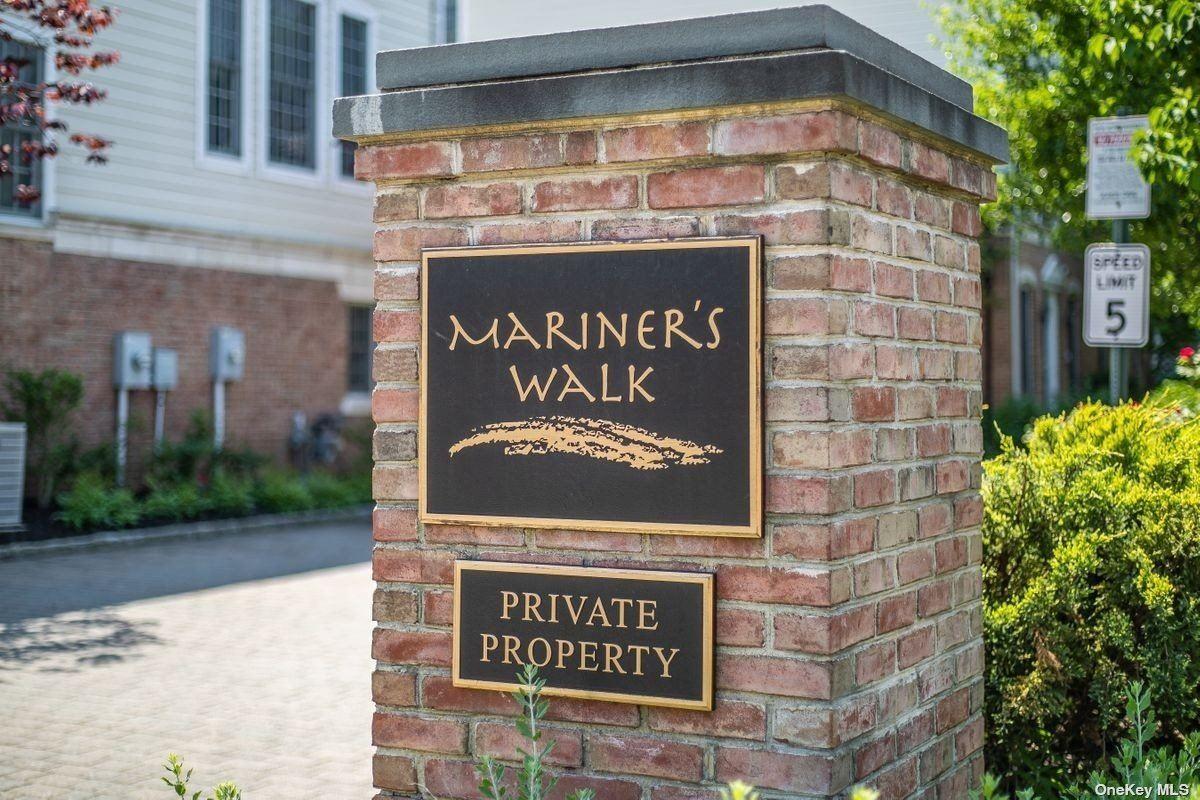 Photo of 10 Mariners Walk #10, Oyster Bay, NY 11771 (MLS # 3315408)