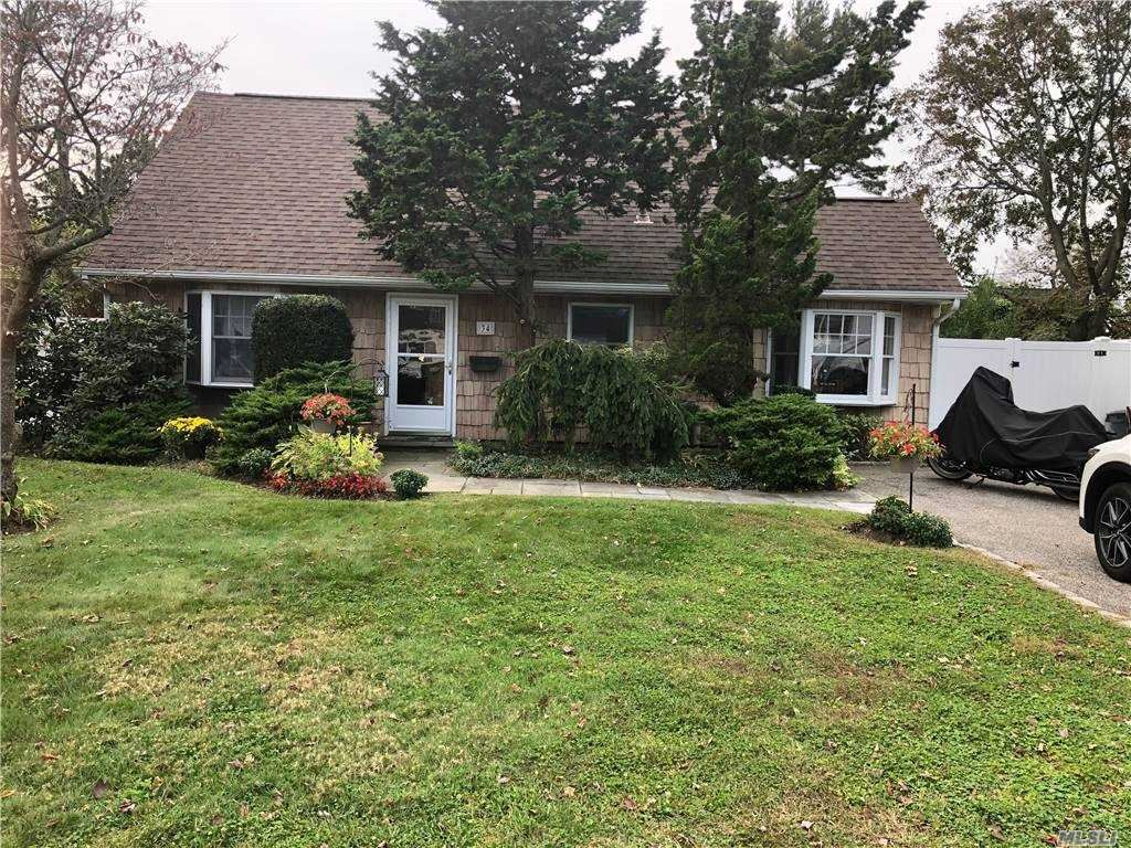 34 Mill Lane, Levittown, NY 11756 - MLS#: 3259410