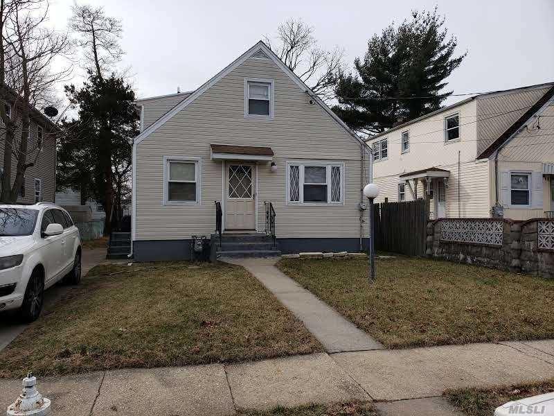 82 Glenmore Avenue, Hempstead, NY 11550 - MLS#: 3200411