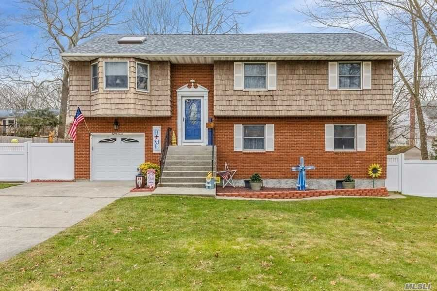 87 Midland Blvd, Lake Ronkonkoma, NY 11779 - MLS#: 3281412