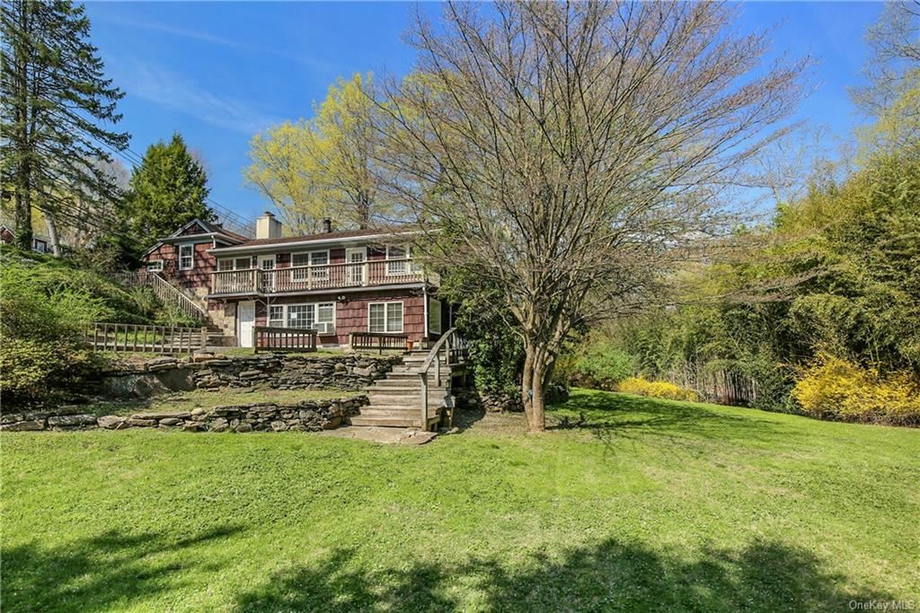 Photo of 135 Old Mt Kisco Road, Armonk, NY 10504 (MLS # H6111412)