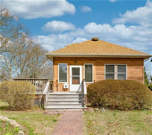 Photo of 261 Boulevard, Scarsdale, NY 10583 (MLS # H6042413)