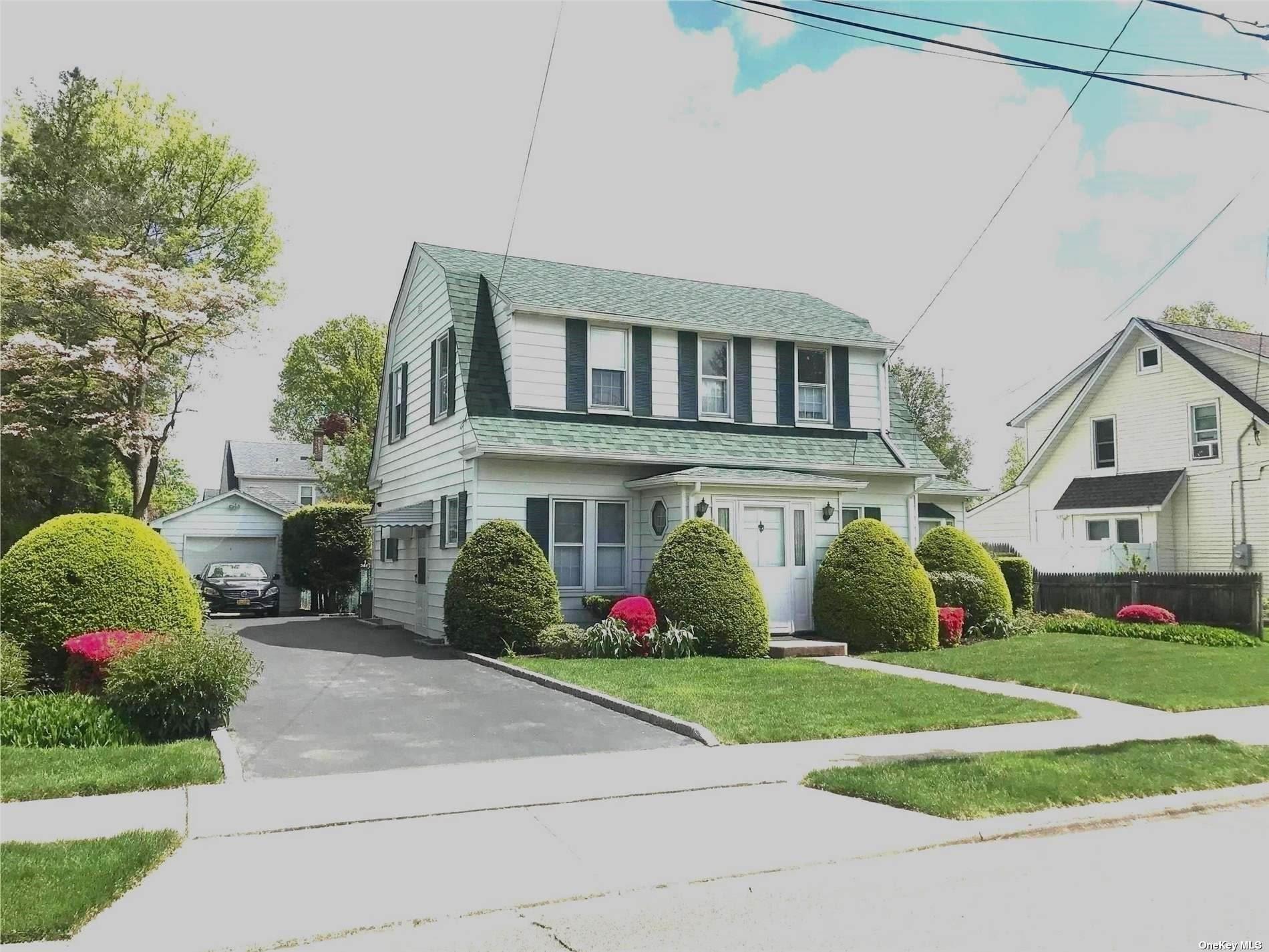 142 Manor Avenue, Westbury, NY 11590 - MLS#: 3320416