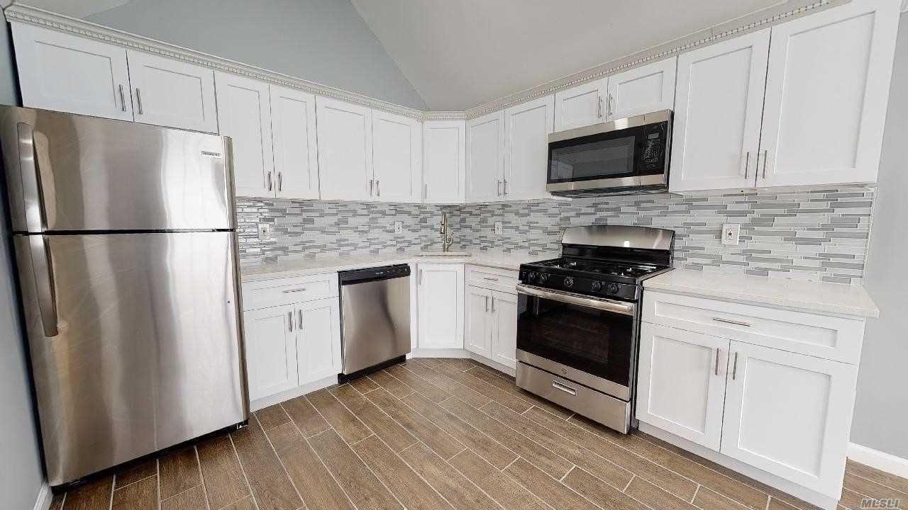 541 Hicksville Rd, Massapequa, NY 11758 - MLS#: 3215417