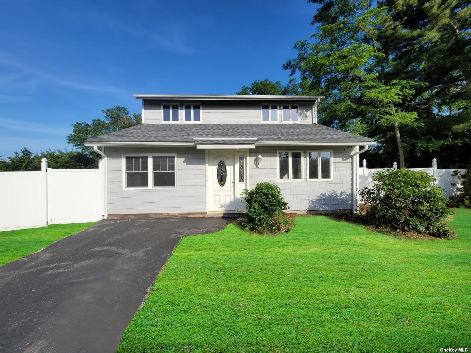 50 Mercury Avenue, East Patchogue, NY 11772 - MLS#: 3325417