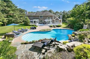 Photo of 6 Candace Dr, E. Quogue, NY 11942 (MLS # 3164418)