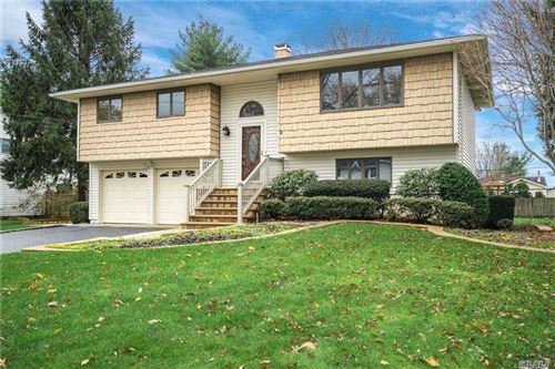 Photo of 10 Carolyn Rd, Pt.Jefferson Sta, NY 11776 (MLS # 3273418)