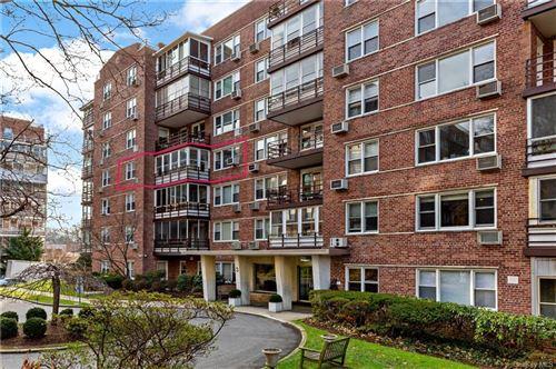 Photo of 3 Washington Square #3E, Larchmont, NY 10538 (MLS # H6088418)