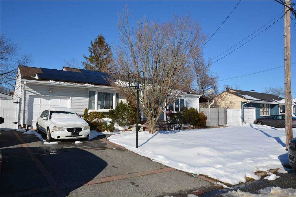 47 Perry Street, Brentwood, NY 11717 - MLS#: 3289419