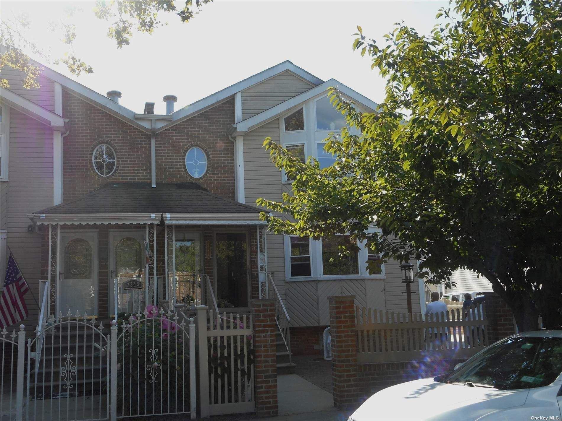 2347 Demeyer Street, Bronx, NY 10469 - MLS#: 3335421