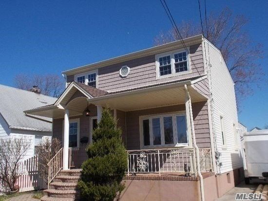 Photo of 1711 Westmoreland Road, Merrick, NY 11566 (MLS # 3253422)